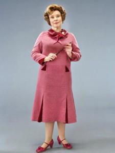 Dolores Umbridge protagonista del nuovolibr di harry Potter