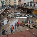 A Genova gli angeli del fango