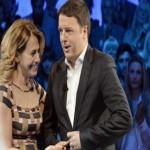 Matteo Renzi e Barbara D'Urso parlando del bonus di 80 euro