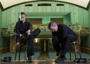 sacerdoti americani ballano il tip-tap e provocano critiche