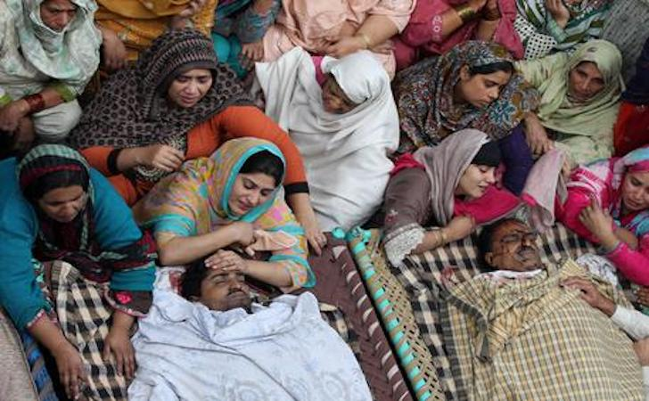 Pakistan kamikaze strage india morti