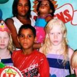 Figli albini nati da madre di colore