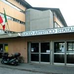 Bidello sospeso a Bergamo