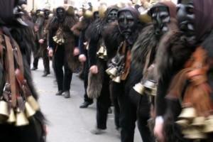 polemica per operazione Mamuthones in Sardegna