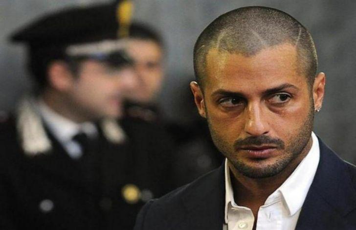 Fabrizio Corona molto provato in carcere chiederà a grazia per rivedere il figlio