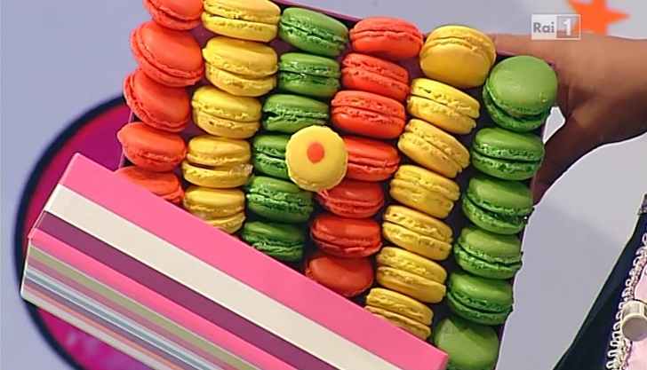 Ricette dolci dopo il tigg i macarons di ambra romani for Dolci tradizionali romani