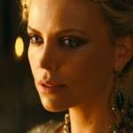 Charlize Theron in Biancaneve e il Cacciatore