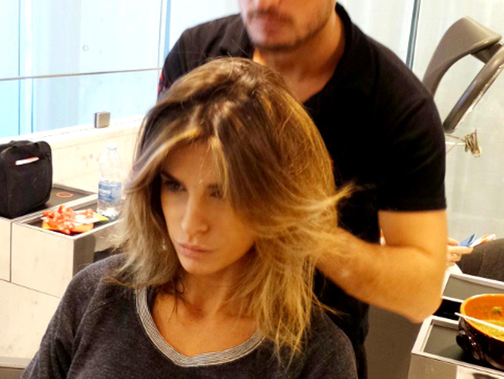 Elisabetta Canalis si fa bionda