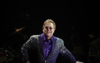 George Michael: Elton John scoppia in lacrime durante il concerto (VIDEO)