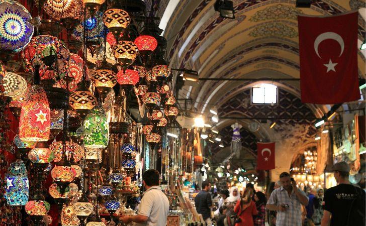 I 10 mercati al coperto pi belli d 39 europa urbanpost for Bazar la iberica