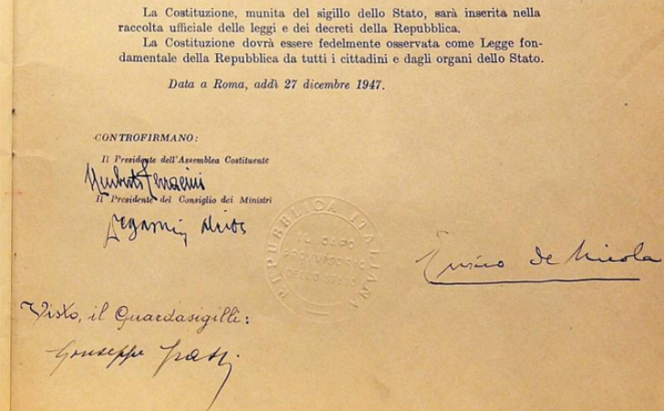 27 dicembre 1947 viene promulgata la costituzione for Legge della repubblica