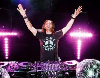 """David Guetta canzoni: il concerto del dj francese annullato per """"violenza sulle donne"""""""