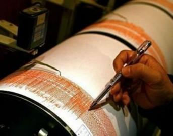 Terremoto oggi a Firenze e nel Chianti: nuove scosse sismiche, riaprono scuole e uffici