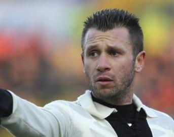 """Parma, scoppia la polemica Donadoni – Cassano: """"Chi scappa è un vigliacco"""""""