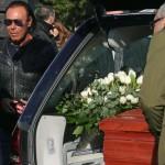 amici musicisti al funerale di Pino Daniele