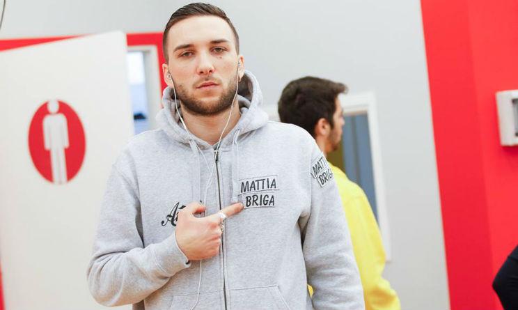 Mattia Briga nuovo look