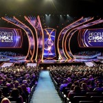 Platea gremita per i People's Choice Awards di Los Angeles