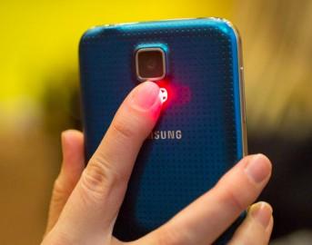 Galaxy S6 di Samsung foto e uscita: svelate le dimensioni ufficiali e le caratteristiche tecniche