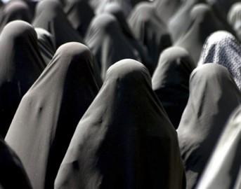 Iran: la supposta della verginità che simula la purezza delle donne