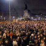 Parigi 2 milioni Charlie Hebdo leader politici