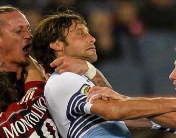 Milan, follia Mexes: prende per il collo Mauri e viene espulso