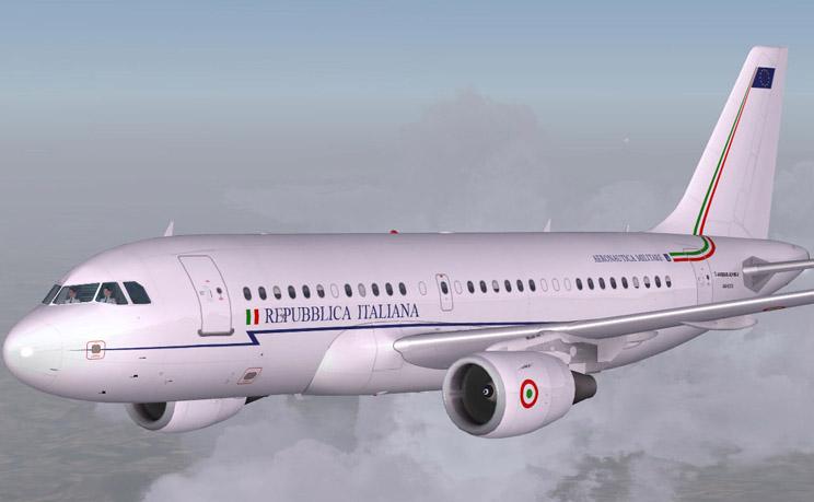 Movimento 5 Stelle Matteo Renzi volo di Stato vacanza