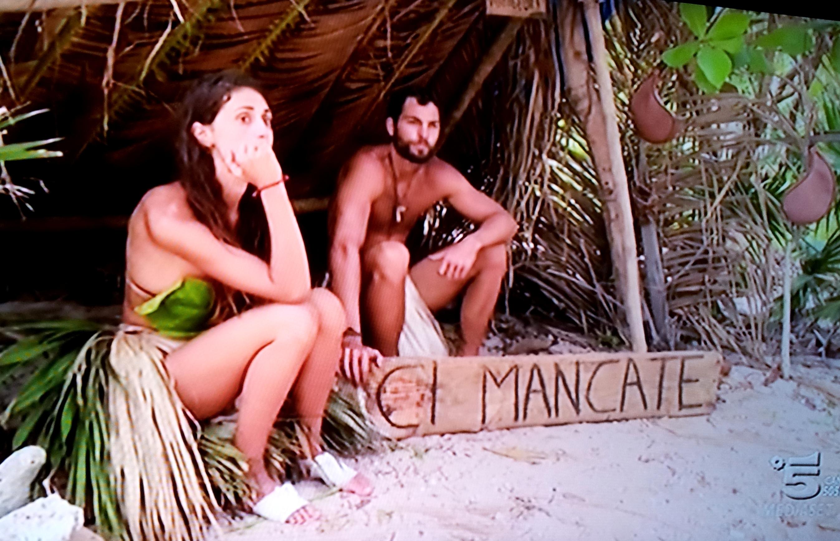 Cecilia Rodriguez nuda Playa Desnuda