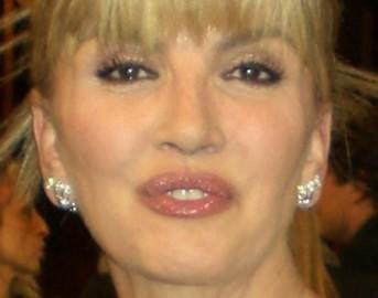 """Lutto grave per Milly Carlucci: """"Ieri ho lasciato le prove di Notti sul ghiaccio in mano ai colleghi"""""""