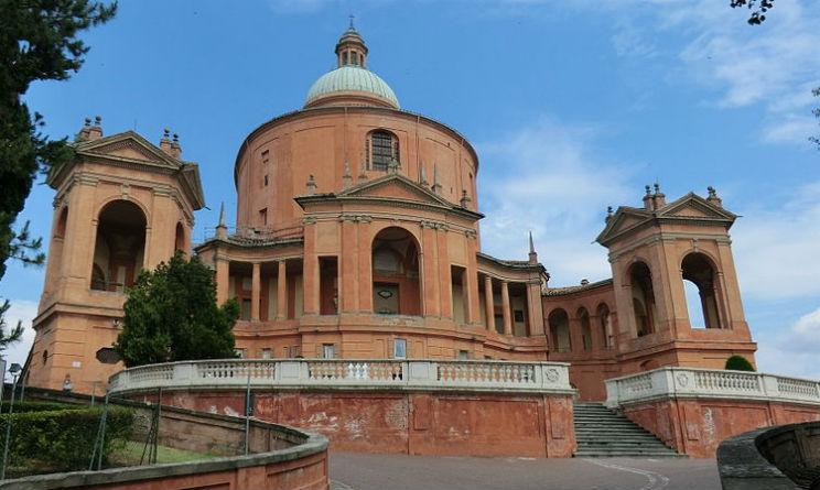 Bologna portici idea di viaggio
