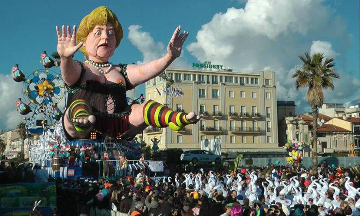 Viareggio Carnevale 2015 carro allegorico Merkel