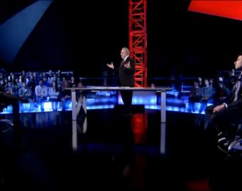 Servizio Pubblico, Di Battista: sugli immigrati Salvini sbaglia