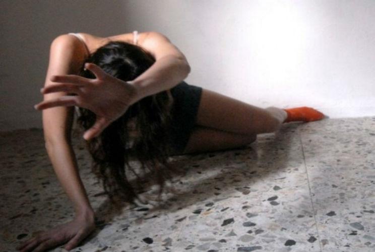 brescia 17enne stuprata dal branco
