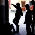 disabile picchiato da 4 minorenni