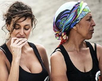 Isola dei Famosi 2015, Cristina Buccino flirt con Alex Belli: la lite con Rachida