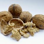 consumo noci e frutta secca