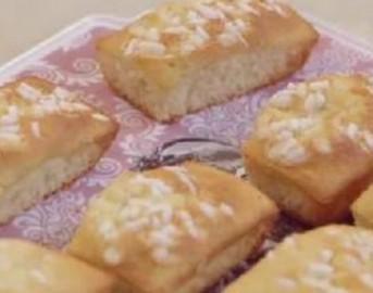 """Ricette dolci Benedetta Parodi: i mini plumcake al lime di """"Molto Bene"""""""