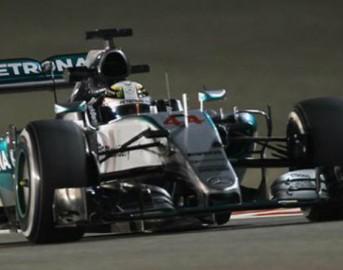 Formula 1 Gp Bahrain: vince Hamilton davanti a Raikkonen, solo quinto Vettel
