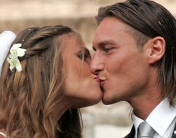 Francesco Totti e Ilary Blasi: anniversario di nozze con sorpresa