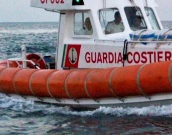 Naufragio barcone migranti al largo della Libia: almeno 31 vittime, la maggior parte sono bambini