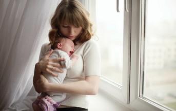 Coliche neonato, ecco cosa fare e come calmare il nostro bambino