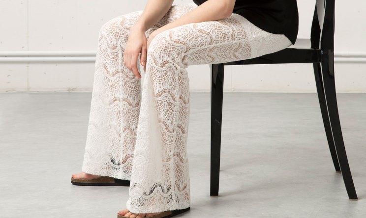 pantaloni traforati