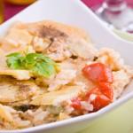 Piatto riso, patate e cozze. Image credit: Shutterstock