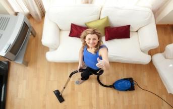Profumare casa: come trasformare l'aspirapolvere in un deodorante per ambienti, ecco tutti i trucchi