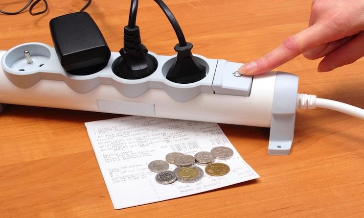 Risparmiare energia elettrica in casa: tutti i trucchi per ridurre i costi delle bollette ...