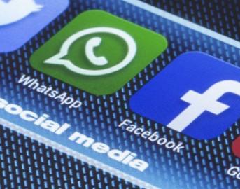 WhatsApp pc web: apk aggiornato introduce nuove emoji