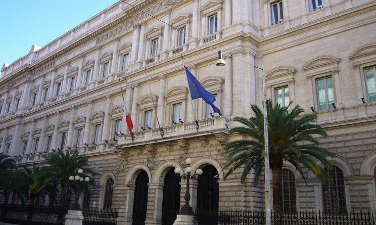 Mattarella: Inconcepibile voto senza nuova legge. Renzi: Governo di responsabilità