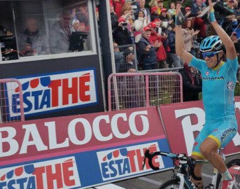 Giro d'Italia 16ª tappa: Contador fantastico sul Mortirolo, ad Aprica bis di Landa che scavalca Aru