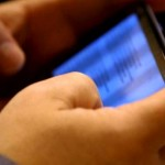 12enne minacciato dai compagni su whatsapp