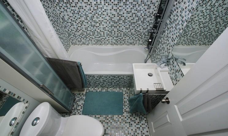 arredare un bagno piccolo: idee e soluzioni salvaspazio - urbanpost - Idee Arredo Bagno Piccolo