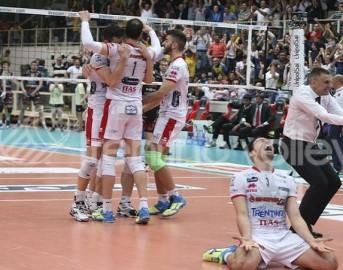 Superlega volley 2015 finale Gara 1: Trento vince al tie-break
